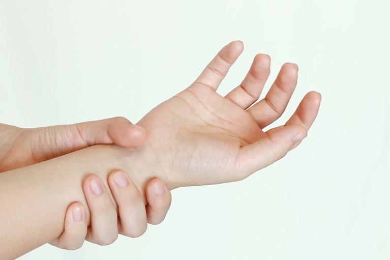 掌蹠膿疱症の症状